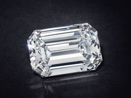28.86-carat diamond just broke the world record for most expensive jewel auctioned online
