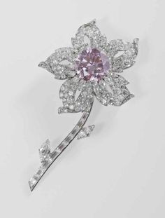 The Queen's Williamson Diamond Brooch