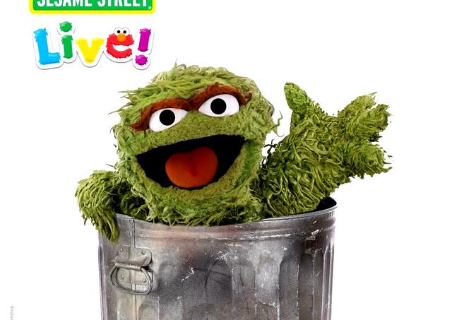 Sesame Street Live! - Oscar Reveal (0-00