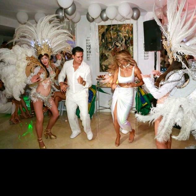 white wedding party.jpg
