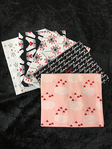 Fat Quarter Bundle black and white