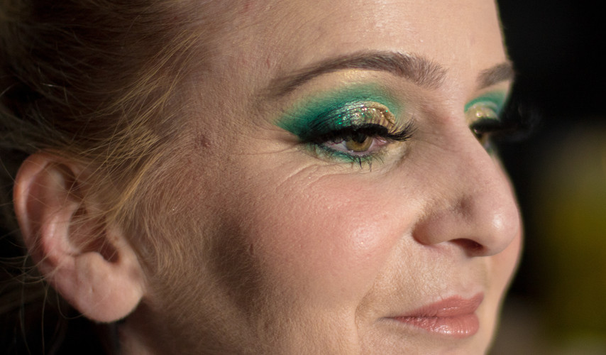 green glam makeup