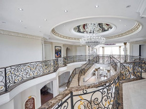 Grand Upper Foyer and Design