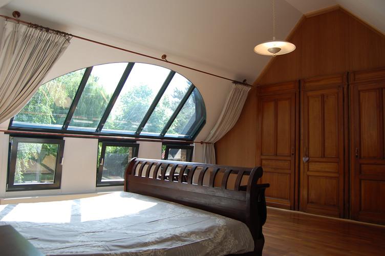 Master Bedroom (2 beds)