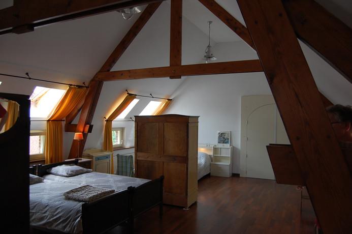 Bedroom 2 (6 beds)