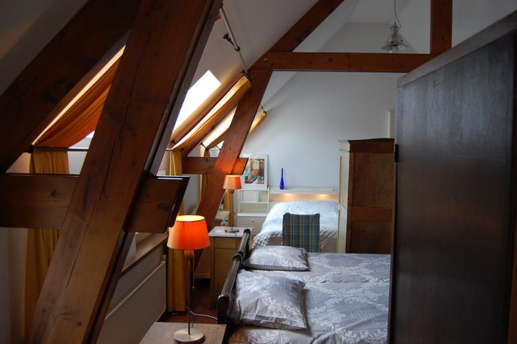 Bedroom 2 ( 6 beds)