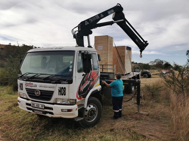 Off loading the turbine on site