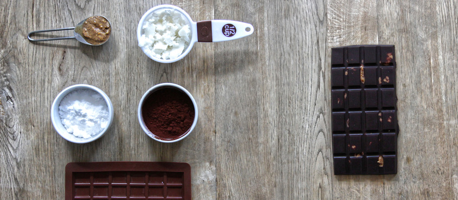 A keto friendly chocolate peanut butter bar