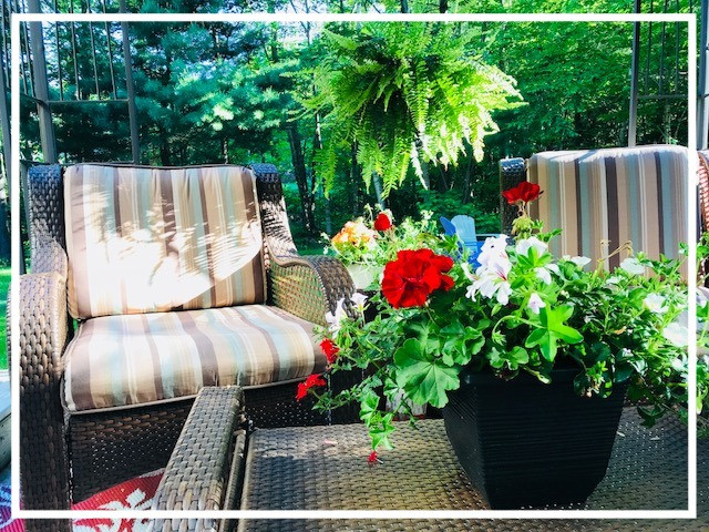 back patio furniture flowers