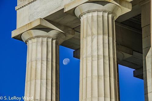 Columns VIII - Lincoln Memorial