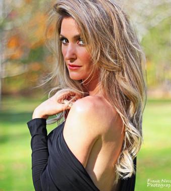 Kelly Levesque  (110c)2B.jpg