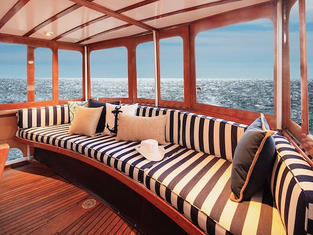 The Aft Deck, with seating for 16