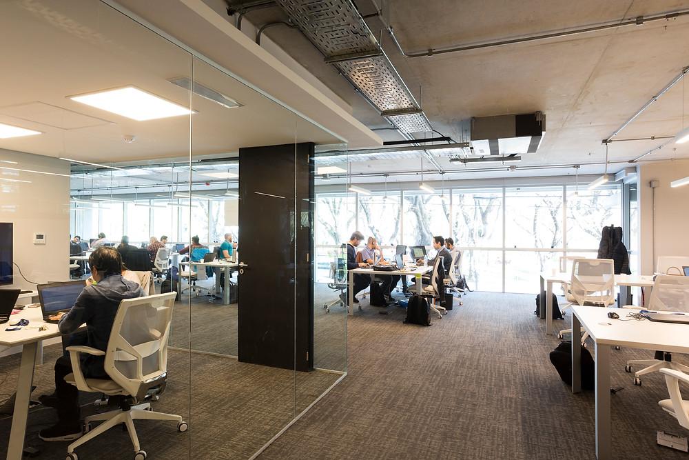 Oficinas de la empresa Neoris, en el edificio Tesla Patricios 2