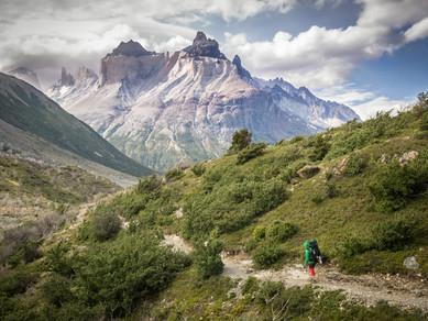 Torres del Paine II.: Přes Lago Pehoe do Paine Grande a dál