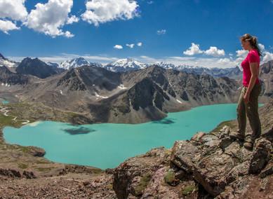 Trek na svazích Tian Shanu k jezeru Ala Kol