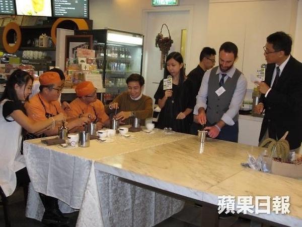蘋果日報咖啡拉花活動.JPG