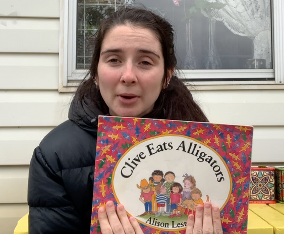 Join Zoe for one of her favourtite storybooks