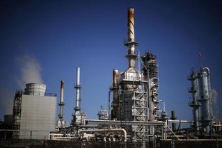 Nigerian chaos leaves refiners cold and oil unsold amid outages