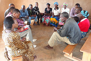 A group in northern Rwanda uses community-based sociotherapy to bridge deep rifts created by the 1994 genocide. (Insight on Conflict)