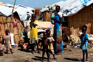 South Sudan fighting forces thousands to flee into neighbouring DRC