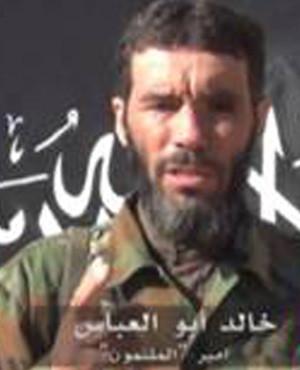 Al-Mulathameen Brigade leader Mokhtar Belmokhtar giving a statment. (Sahara Media, AFP)
