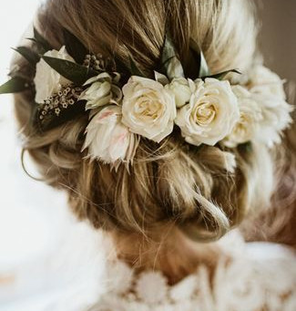 Adding Real Or Dried Flowers To Wedding Hairstyles