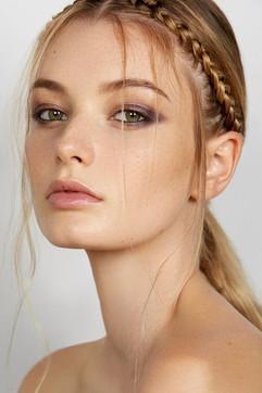 Photographer: Carlo Fernandes Makeup: Elisha Cameron Jane Makeup Design Hair: Jodie Day