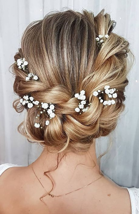 Individual Flowers In Wedding Hair