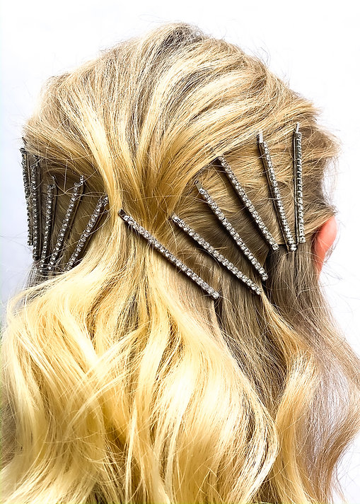 Textured Waves Hairstyle - Hair Clips Hairstyle - BEAU MANE