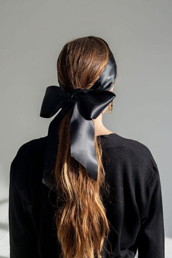 Texturised ponytail with bow headband
