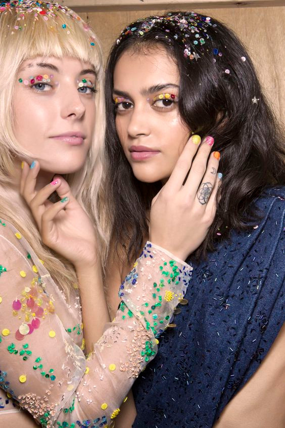Ashish Fashion Show with Confetti Glitter Hair -  Backstage Runway Hair and Beauty  - Hairstyling Tricks