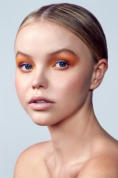Laud Magazine - Rise - Sheer Beauty