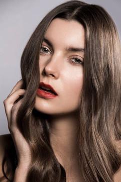 Photographer: Carlo Fernandes Makeup: Pria Cameron Jane Makeup Design Hair: Jodie Day