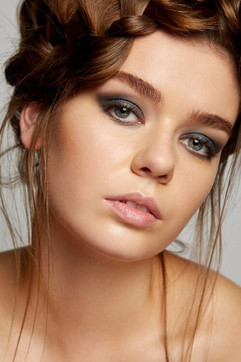Photographer: Carlo Fernandes Makeup: Grace Cameron Jane Makeup Design Hair: Jodie Day