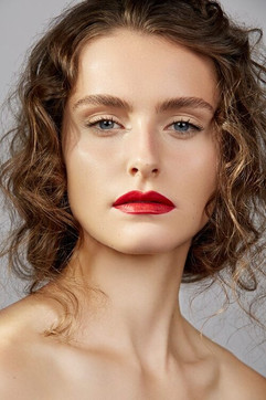 Photographer: Carlo Fernandes Makeup: Kiran Cameron Jane Makeup Design Hair: Jodie Day Model: The MGMT