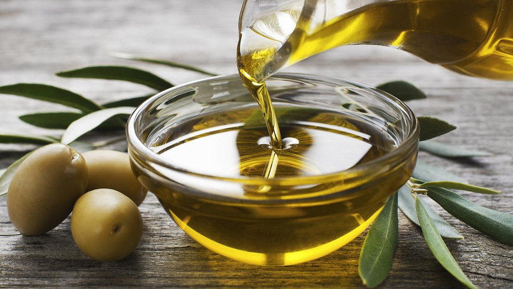 DIY Hot Oil Hair Treatment Olive Oil - Beautiful hair - BEAU MANE