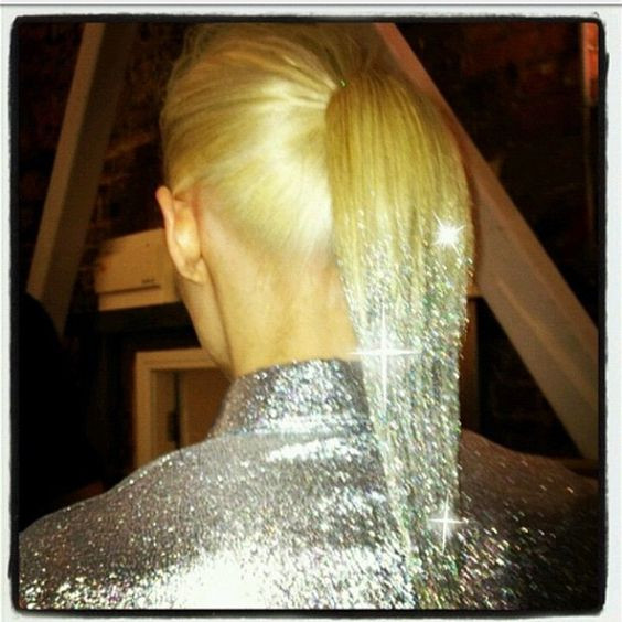 Dipped Glitter Ponytail - Hairstyling Tips and Tricks