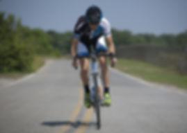 cycling-1813444_1920.jpg