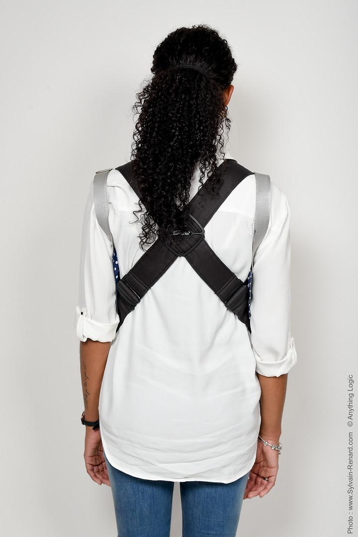 ZANAGA BABY item with grey shoulders straps