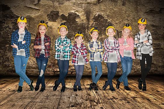 CoalMinedirt 8x6.jpg