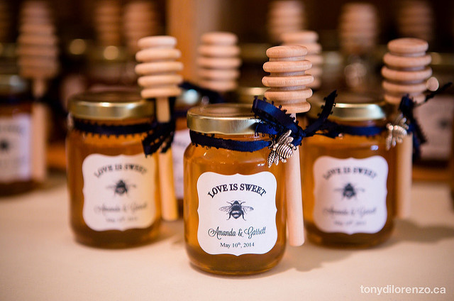 DIY Honey Jar Favors