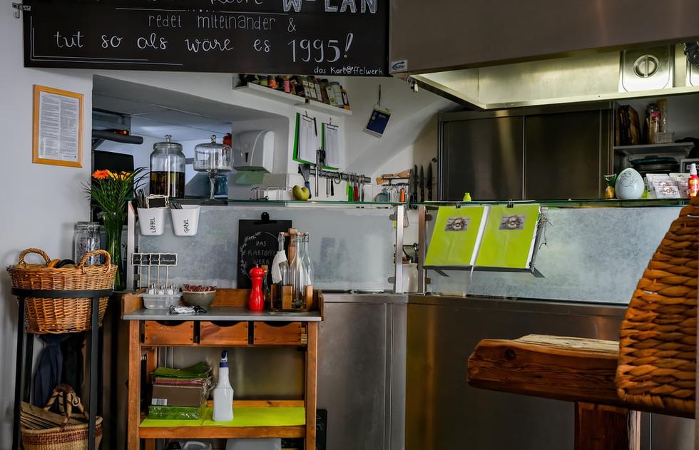 lokal_Küche.jpg