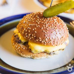ร้าน I am A burger (สาขาฮงเเด)