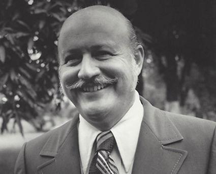 Dr._Sánchez_Longo.jpg