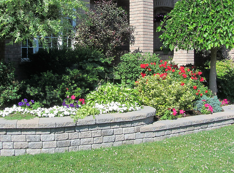 Stone wall design for home garden bed wi