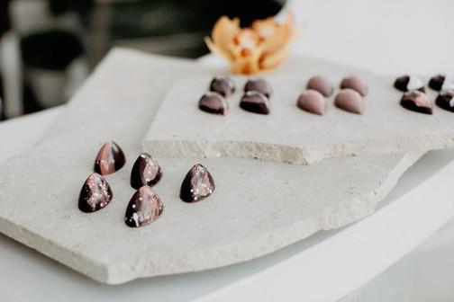 dessert_table_1.jpg
