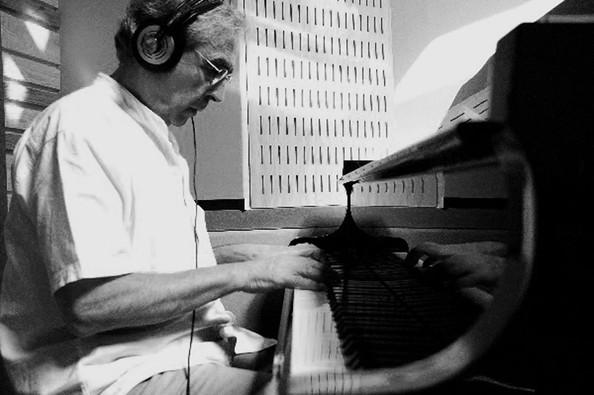 Ramon-piano1.jpg