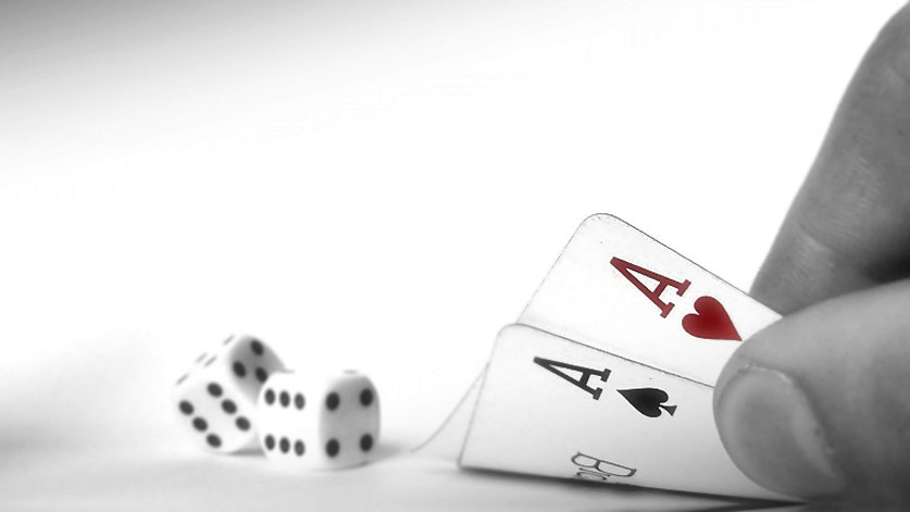 play-the-game-wallpaper1_edited.jpg