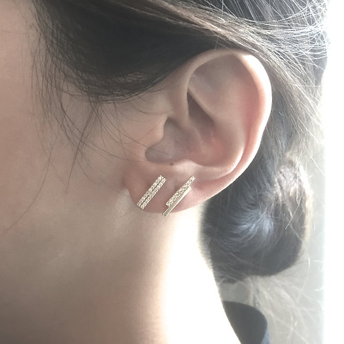 Double Bar Shift Mismatched Earrings