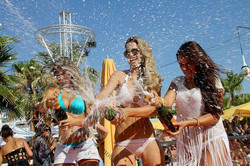 Champagne Spray Pool Party - Champagne Fridays At Quayside Village
